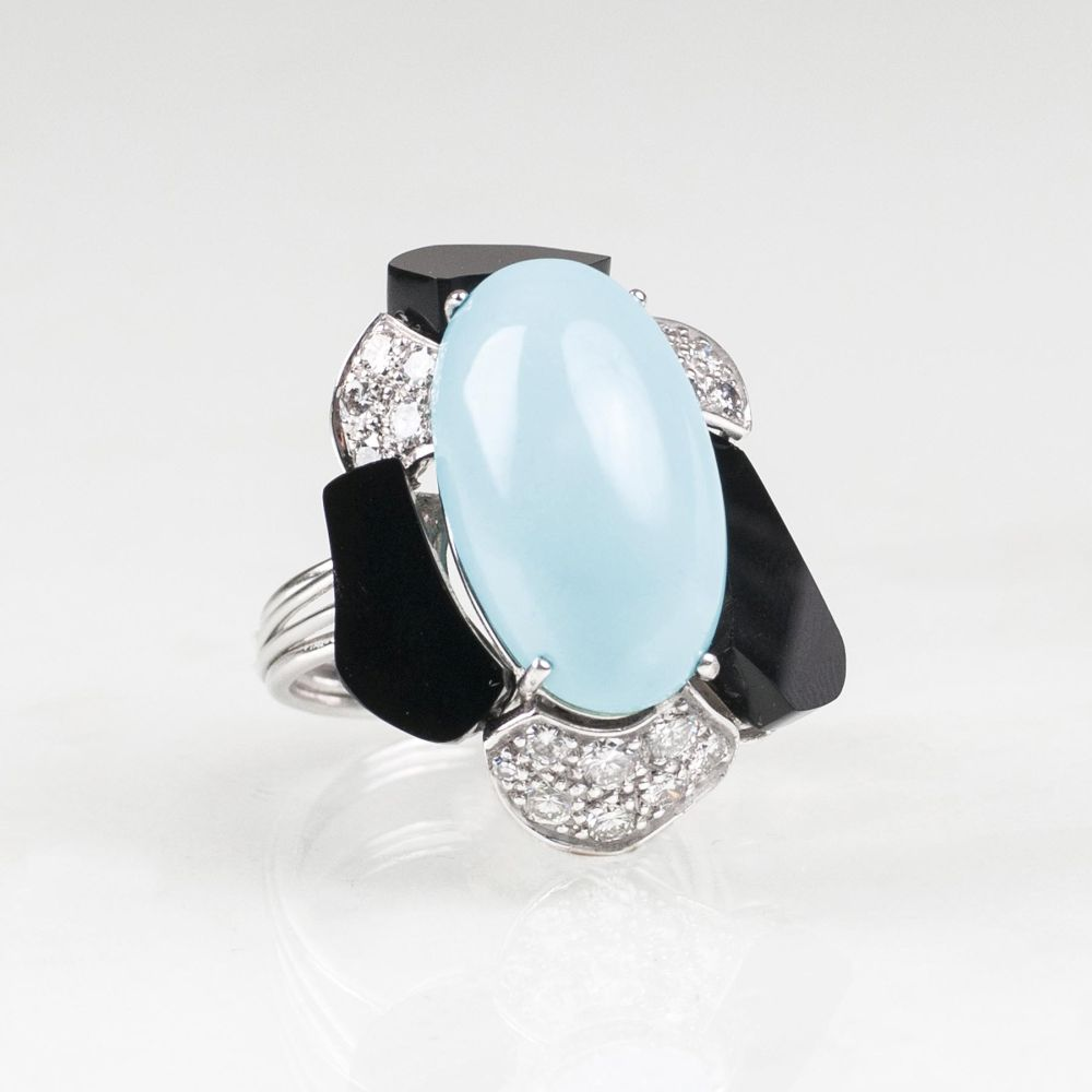 A Turquoise Onyx Ring with Diamonds