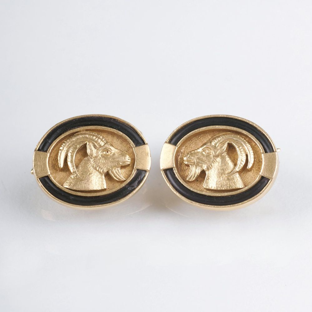 A Pair of Gold Cufflinks with Ram Heads