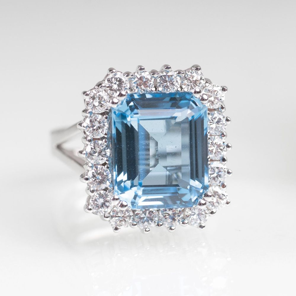 A Topaz Diamond Ring