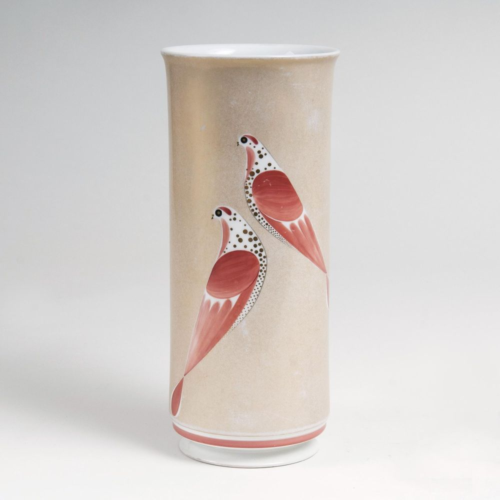 A Cylindric Vase with Dove Decor