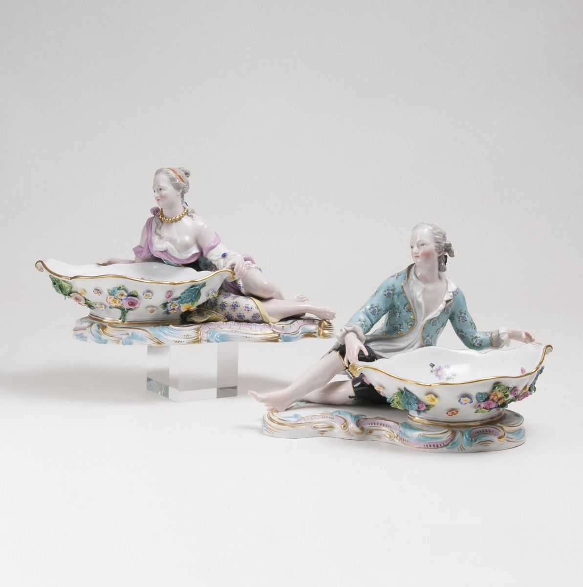 A Pair of large Rococo Dishes 'Lady and Gentleman'
