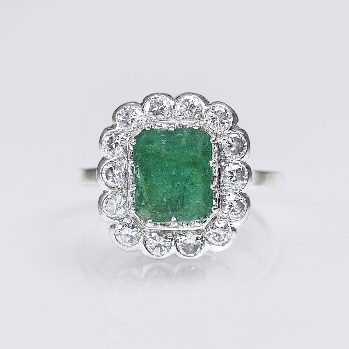 A Vintage Emerald Diamond Ring