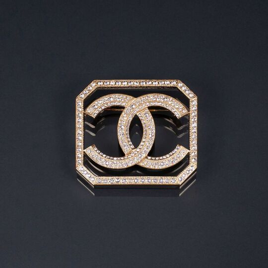 An Icon Brooch with Strass 'CC'