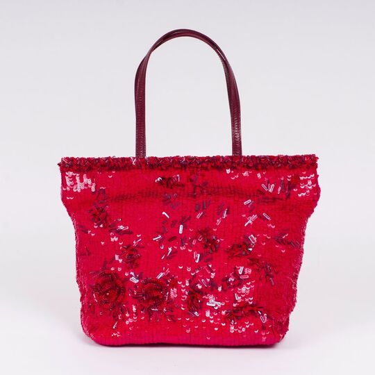 A Shopper  with Red Sequins