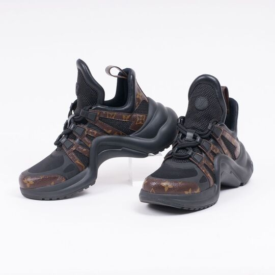 A Pair of LV Archlight Sneakers in Black